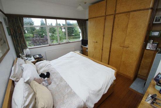 Five-bedroom 1930s art deco property in Westcliff On Sea, Essex