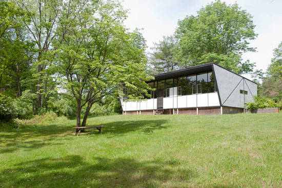 On the market: 1950s Jules Gregory-designed The Butterfly House in Delaware Township, Hunterdon County, New Jersey, USA
