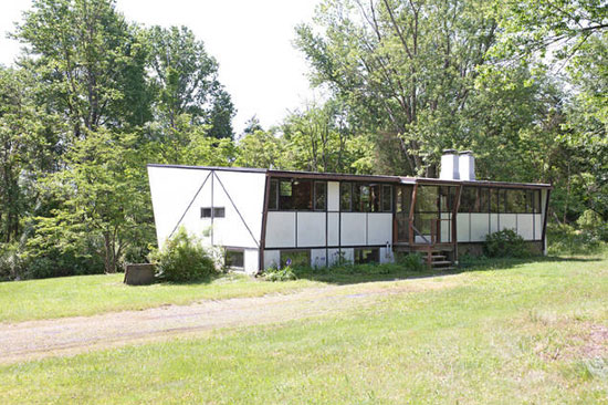 1950s Jules Gregory-designed The Butterfly House in Delaware Township, Hunterdon County, New Jersey, USA