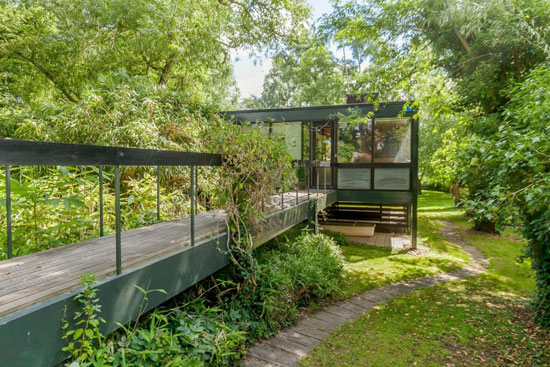 1960s Fielding and Morrison modernist property in Dorchester on Thames, Oxfordshire