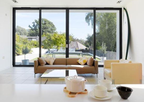 Three-bedroom single-storey modernist property in Poole, Dorset