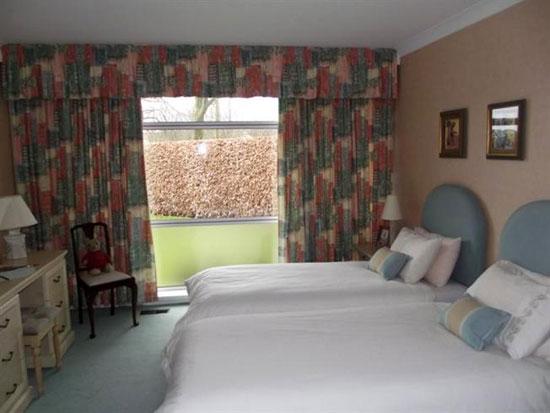 Dornal 1960s three bedroom bungalow in Kilbirnie, North Ayrshire, Scotland