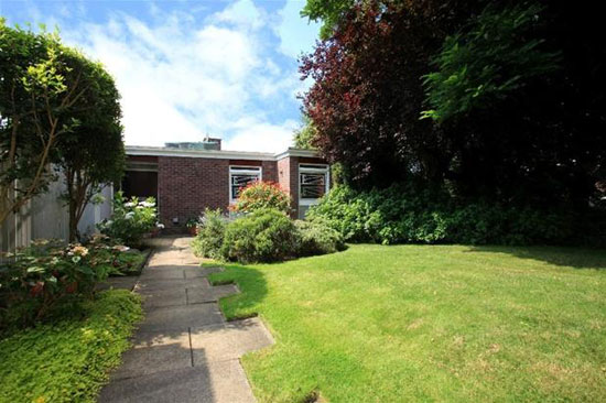 On the market: 1960s Manfred Bresgen-designed modernist property in The Ferrings, Dulwich, London SE21