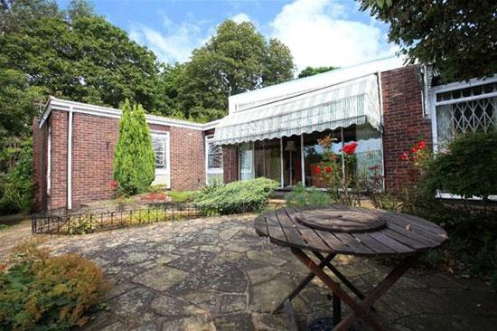 1960s Manfred Bresgen-designed modernist property in The Ferrings, Dulwich, London SE21