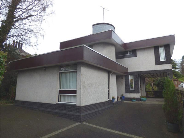 1960s John Copeland modernist property in Dumfries, Scotland