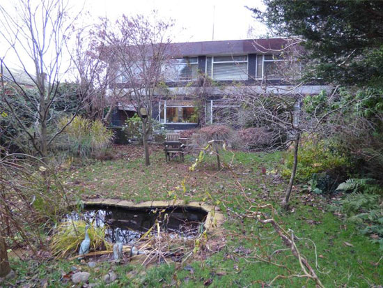 1960s John Copeland modernist property in Dumfries, Scotland