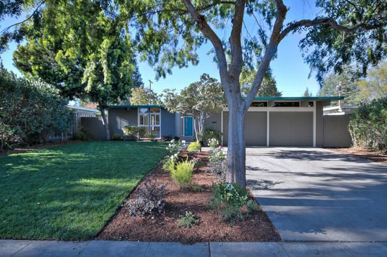 On the market: 1950s midcentury modern Eichler property in Palo Alto, California, USA
