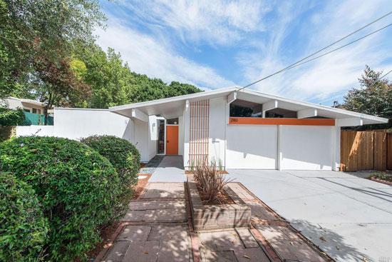 Restored Eichler: 1950s midcentury modern property in San Rafael, California, USA