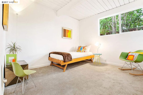 Restored Eichler: 1960s midcentury modern property in Concord, California, USA