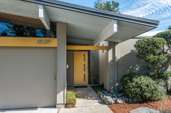Four-bedroom 1950s Eichler home in San Mateo, California, USA