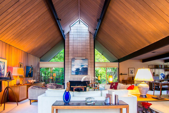 On the market: 1960s midcentury Eichler Home in Hillsborough, California, USA