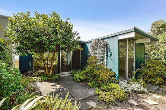 1960s Eichler time capsule in San Francisco, California, USA