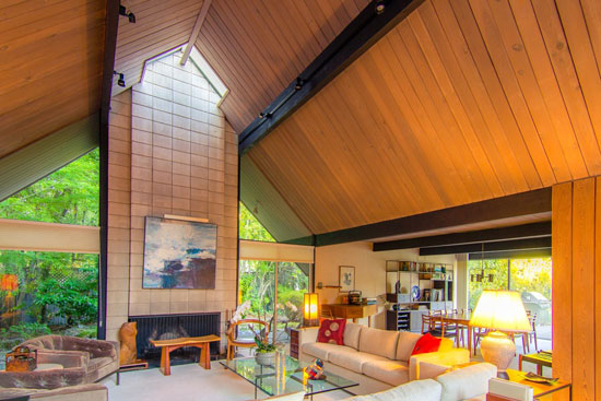 1960s midcentury Eichler Home in Hillsborough, California, USA