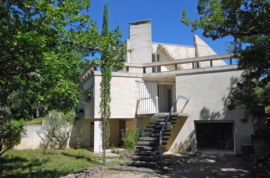1970s architect-designed Brutalist property in Saint-Michel-l'Observatoire, Alpes de Haute Provence, France