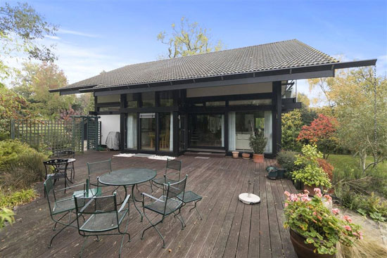 Four-bedroom Huf Haus in Esher, Surrey