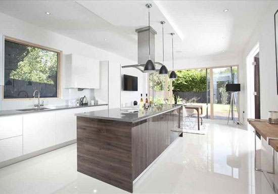 Robin Crane-designed contemporary modernist property in Esher, Surrey