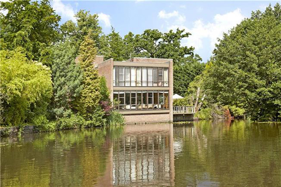 On the market: 1970s Royston Summers-designed lakeside modernist property in Esher, Surrey