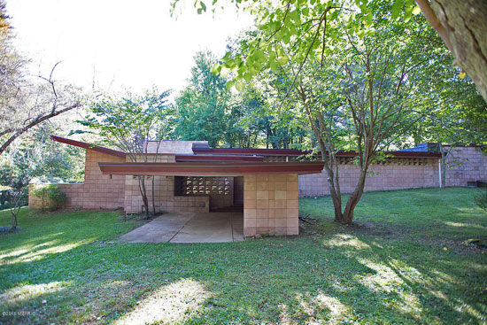 On the market: 1950s Frank Lloyd Wright-designed Eppstein Residence in Galesburg, Michigan, USA