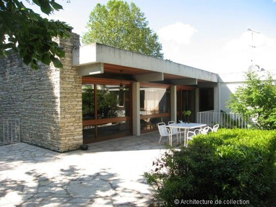 15. 1960s Edgar Broutet-designed midcentury property in Bergerac, southwestern France