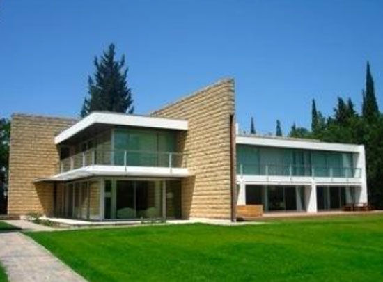27. Armand Pellier-designed 1960s modernist property in Nimes, southern France