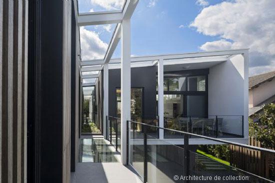 on the market frank salama designed contemporary modernist property in la varenne saint hilaire. Black Bedroom Furniture Sets. Home Design Ideas