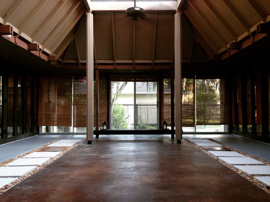 1950s J Bruce Spencer-designed midcentury property in Lakeland, Florida, USA