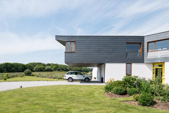 Warrenders modernist house in Firelight, East Sussex