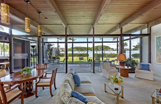 1960s Tim Seibert-designed midcentury modern property in Nokomis, Florida, USA