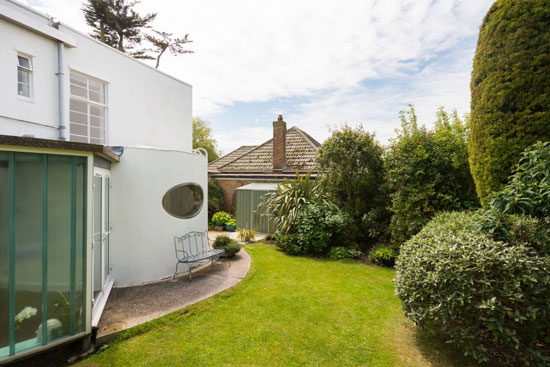 1930s Oliver Hill-designed art deco property in Frinton-on-Sea, Essex
