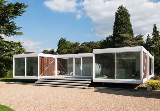 On the market: 1960s Peter Foggo and David Thomas-designed modernist property in Holyport, Berkshire