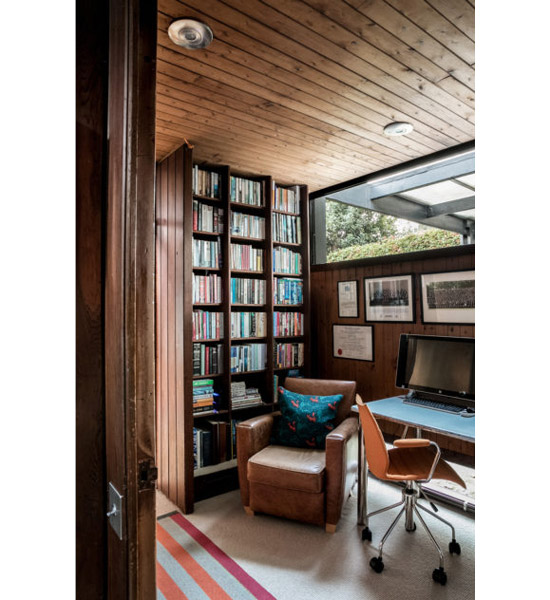 1960s Peter Foggo and David Thomas modernist house in London SE3