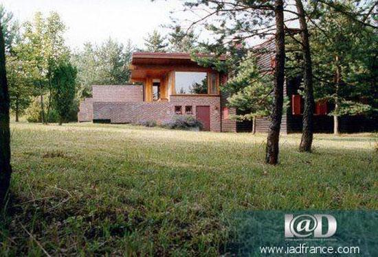 Five bedroom modernist villa in Larchant, near Fontainebleau, France