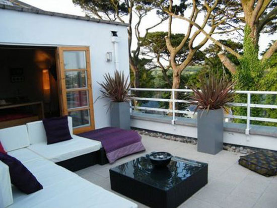 Contemporary art deco-style property in Fowey, Cornwall