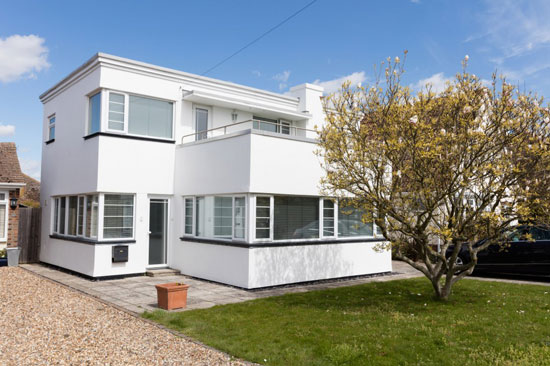 JT Shelton-designed 1930s art deco property in Frinton-on-Sea, Essex