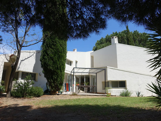 1970s Serge Colas-designed modernist property in Laroque-des-Alberes, Southern France