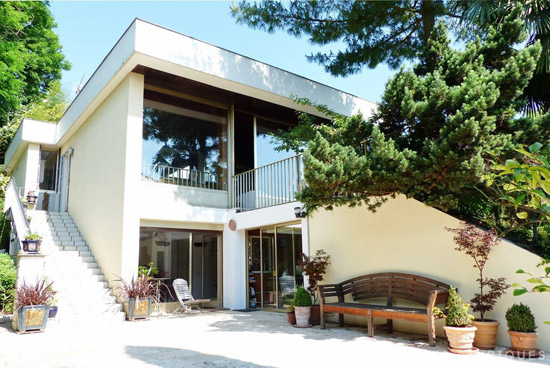 On the market: 1960s Raymond Fischer-designed modernist property in Andrésy, northern France