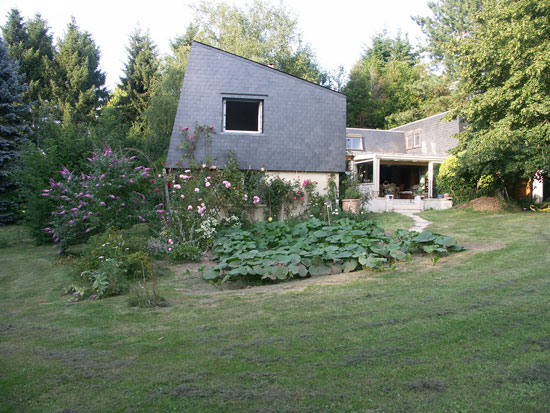 1970s Jacques Dolivet-designed six-bedroom Adainville, Yvelines, central France