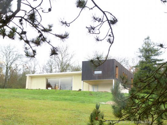 1960s Jacques Rabinel-designed modernist property in Aubergenville, central France