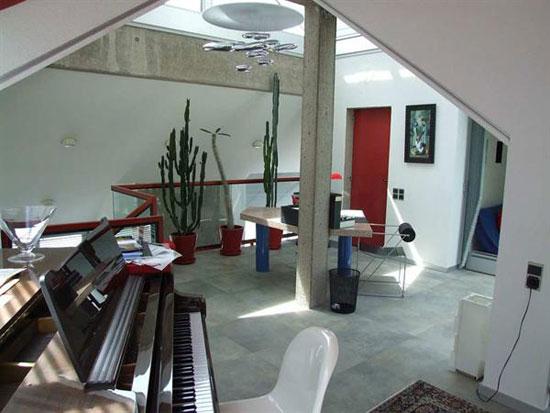 1980s five-bedroom modernist property in Charolles, eastern France