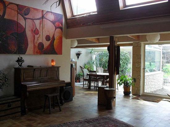 1970s Jacques Dolivet-designed six-bedroom Adainville, Yvelines, central France
