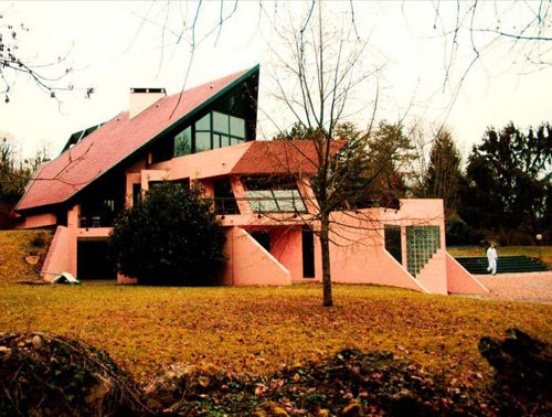 Space age living: 1970s architect-designed five bedroom house in Guarard, near Paris, France