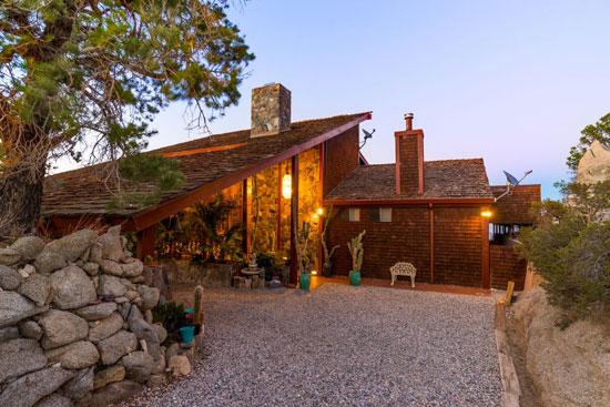 Villa Maggio - Frank Sinatra's desert hideaway in Palm Desert California, USA