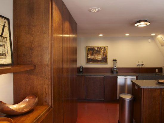 1970s Frank Lloyd Wright-inspired property in Canaan, New York State, USA