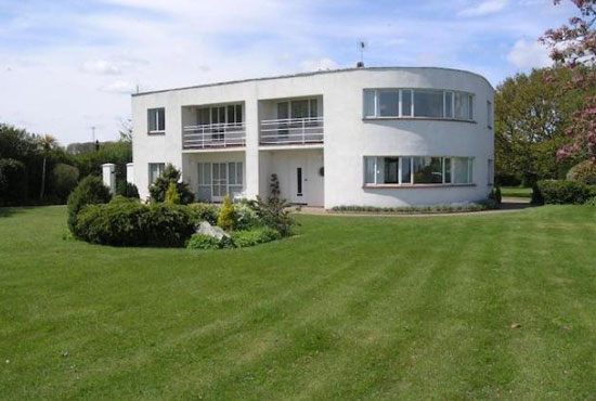 Four-bedroom 1930s art deco property in Frinton-On-Sea, Essex