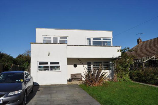 Three-bedroom 1930s art deco property in Frinton-On-Sea, Essex
