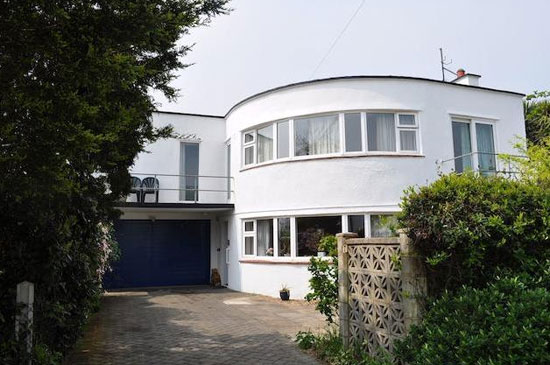 On the market: 1930s Oliver Hill-designed art deco property in Frinton-On-Sea, Essex