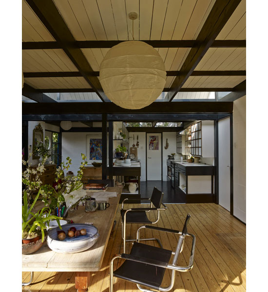1970s Syd Furness modern house in Cambridge