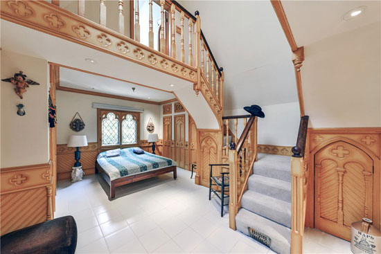 19th-century gothic revival house in London NW1