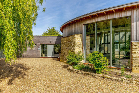 Grand Designs Roundhouse in Deanshanger, Buckinghamshire