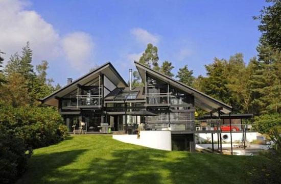 Six-bedroom modernist Huf Haus in Farnham, Surrey